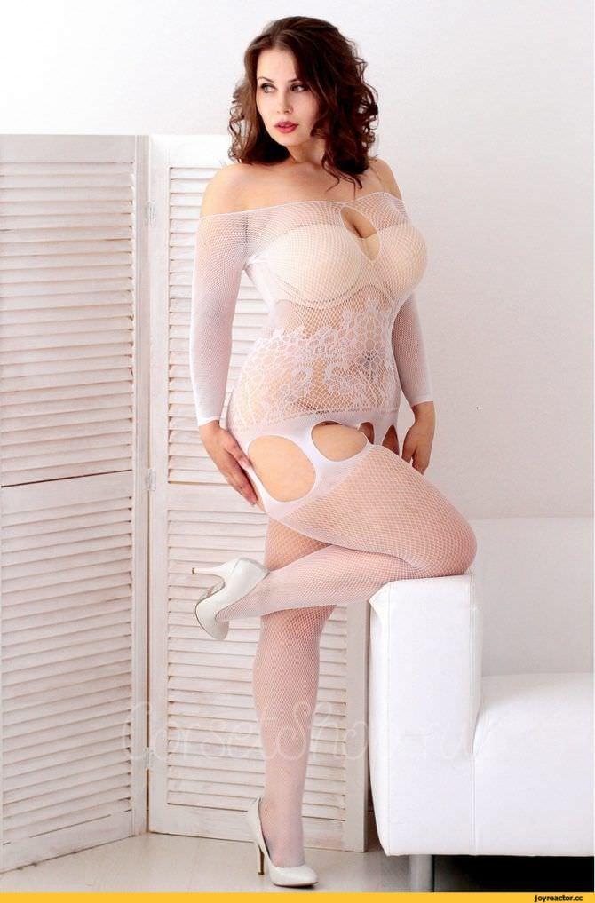 Светлана Каширова фото в белом комбинезоне