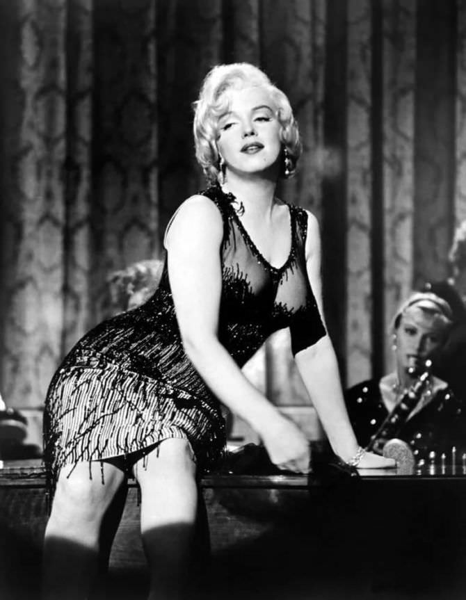 Мэрилин Монро кадр из знаменитого фильма