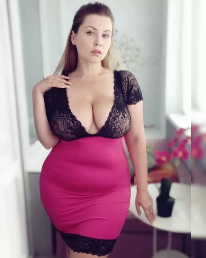 Светлана Каширова фотография в платье с кружевом
