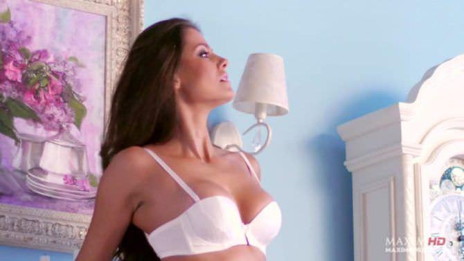 Татьяна Высоцкая кадр в белом нижнем белье