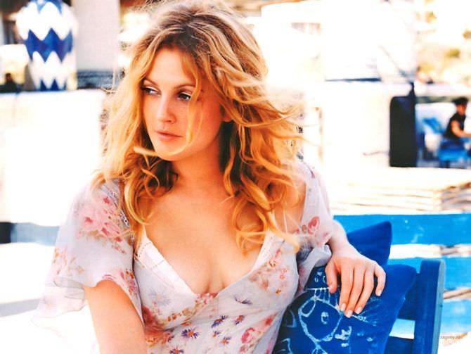 Дрю Бэрримор фото в летнем платье