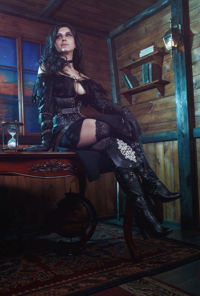 Елена Самко фото в чёрном костюме