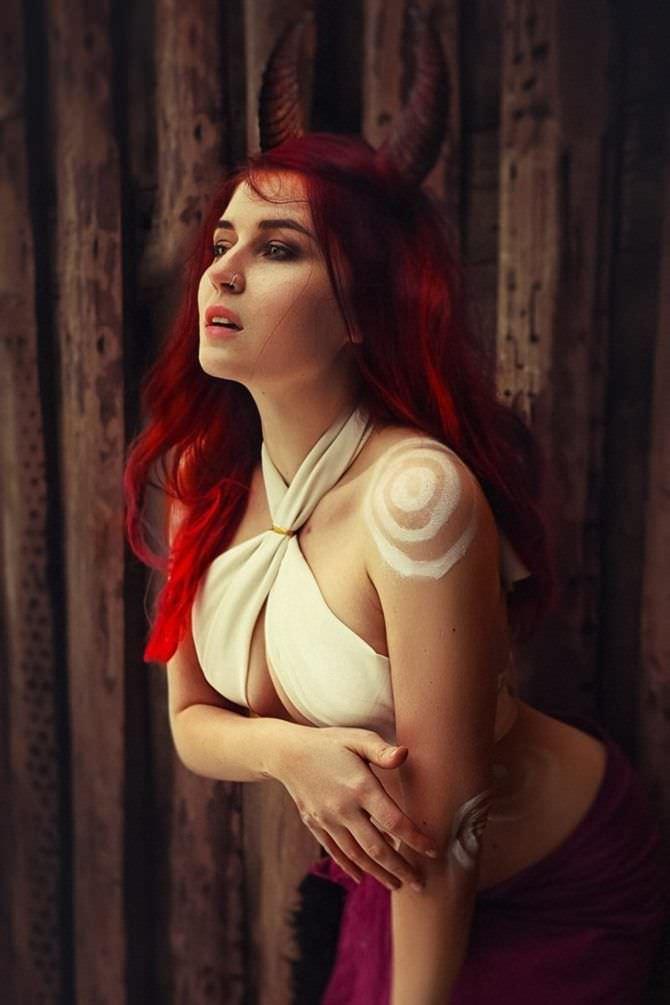 Елена Самко фото с красными волосами