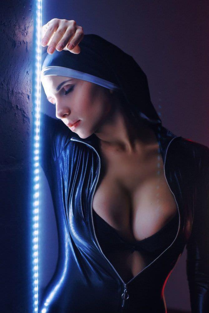 Елена Самко фото в образе монахини
