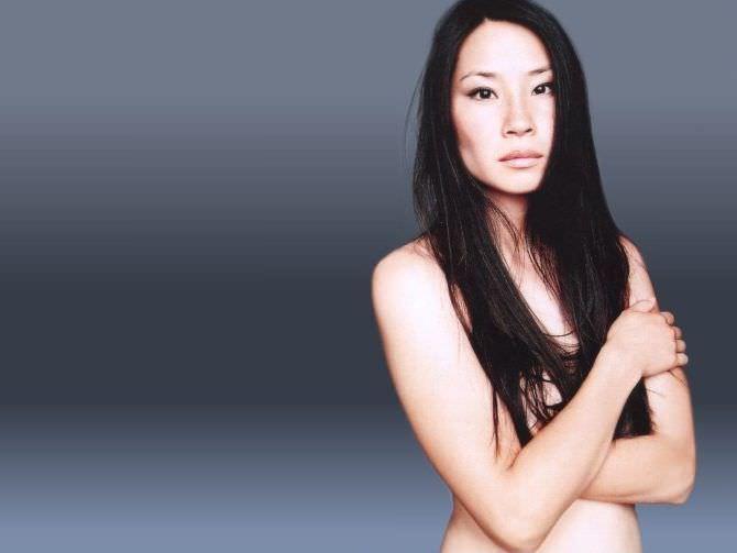 Люси Лью фотография с распущенными волосами