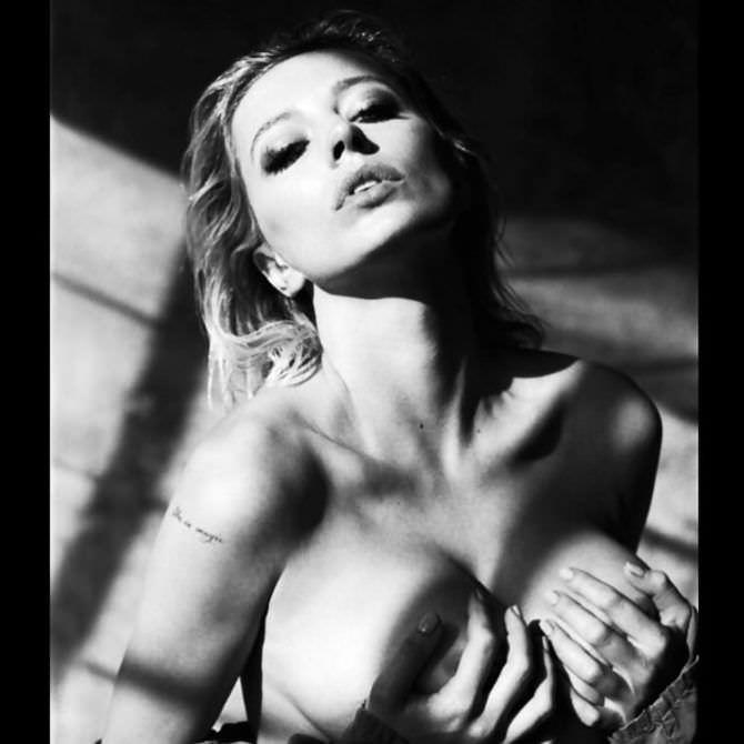 Кэролин Врилэнд красивое чёрно-белое фото