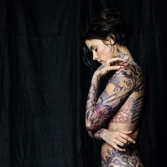 Джейми Александер фотосессия с татуировками