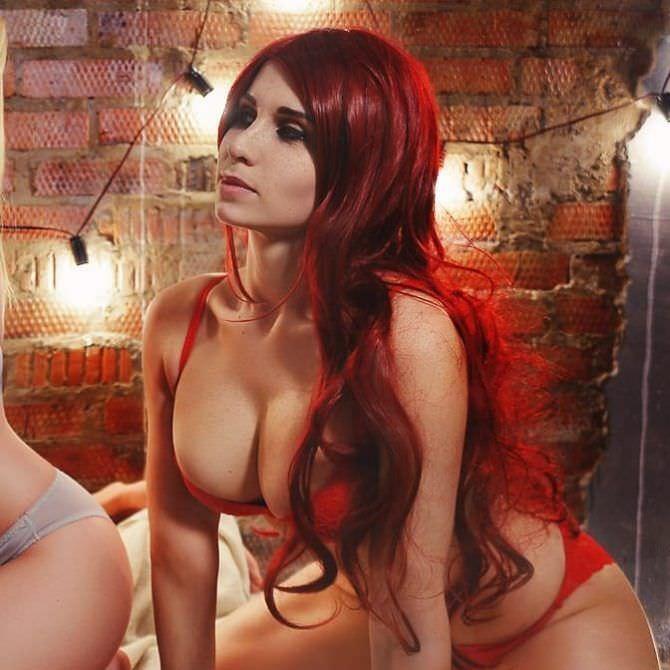 Елена Самко фото в красном белье