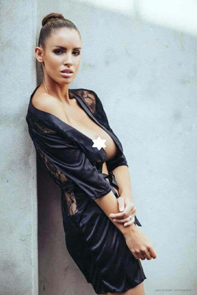 Люсия Яворчекова откровенное фото в чёрном белье