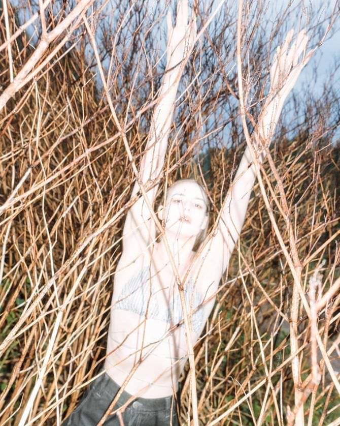 Изабель Эйдлен фото в купальнике в инстаграм