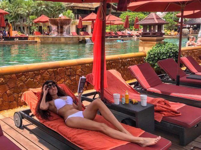 Татьяна Высоцкая фотография в купальнике из инстаграма