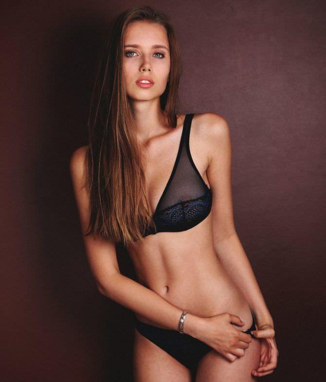Полина Малиновская фото в прозрачном белье