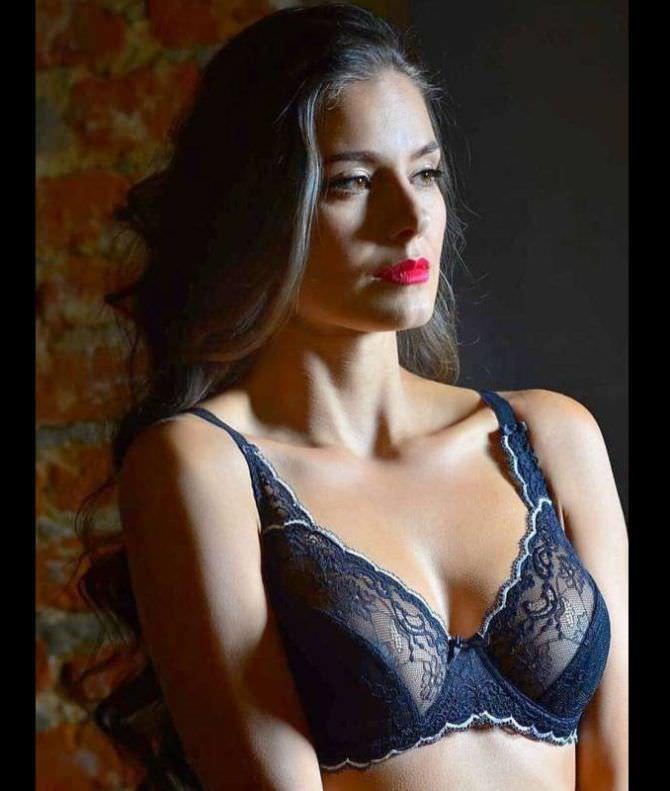 Татьяна Высоцкая фото в кружевном белье
