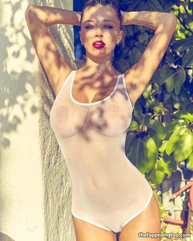 Кэролин Врилэнд фото в прозрачном купальнике