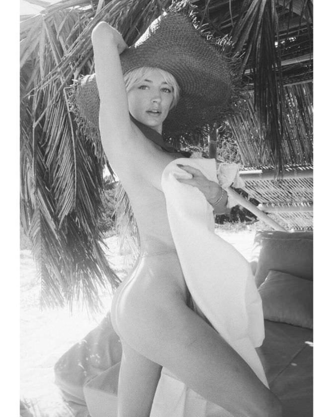 Кэролин Врилэнд фотография в широкой шляпе