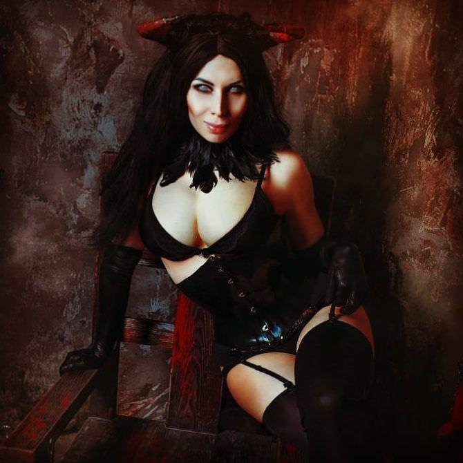 Елена Самко фотосессия в образе чёрного демона