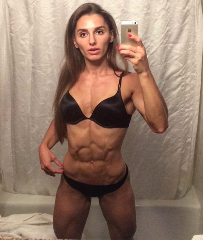 Александра Албу фото в белье в инстаграм