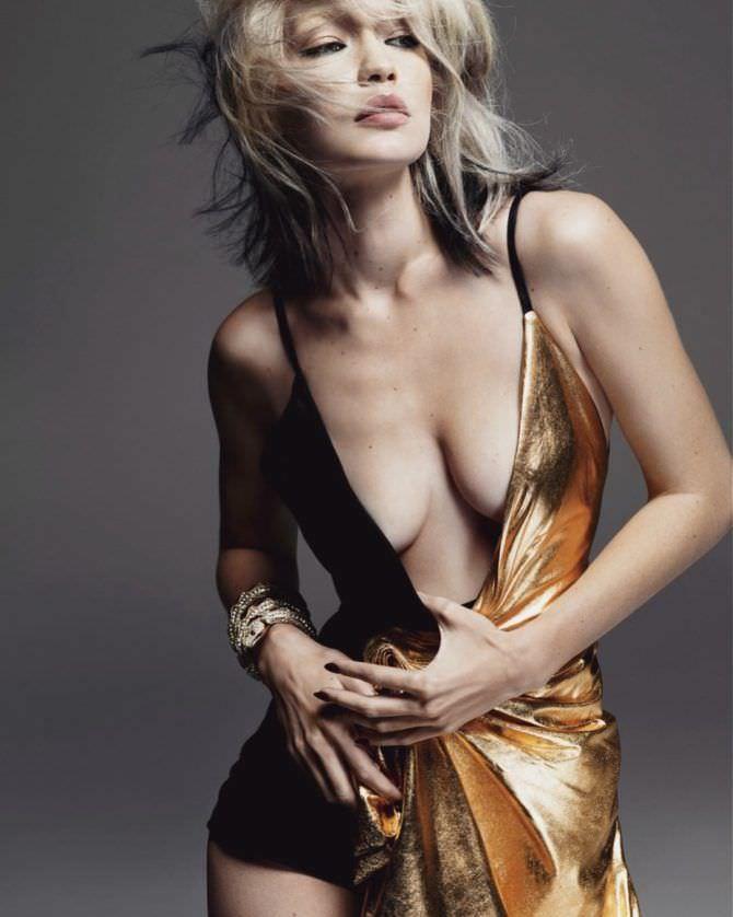 Джиджи Хадид фото в золотом платье