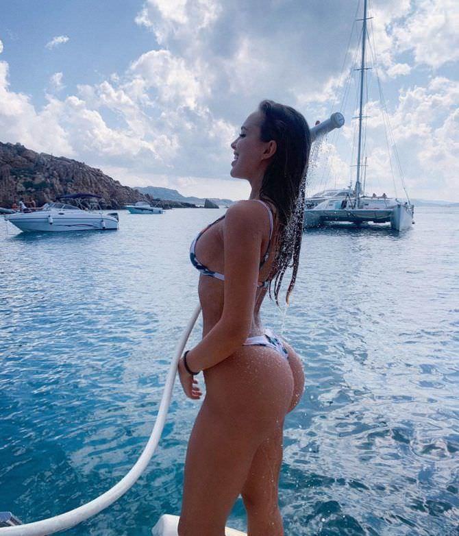 Вероника Белик фотография с душем