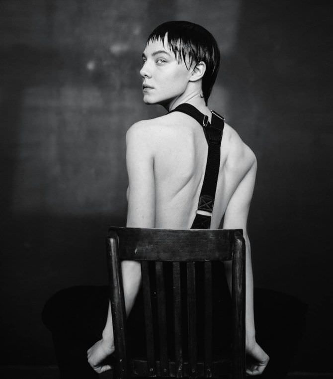 Алёна Михайлова фото в штанах