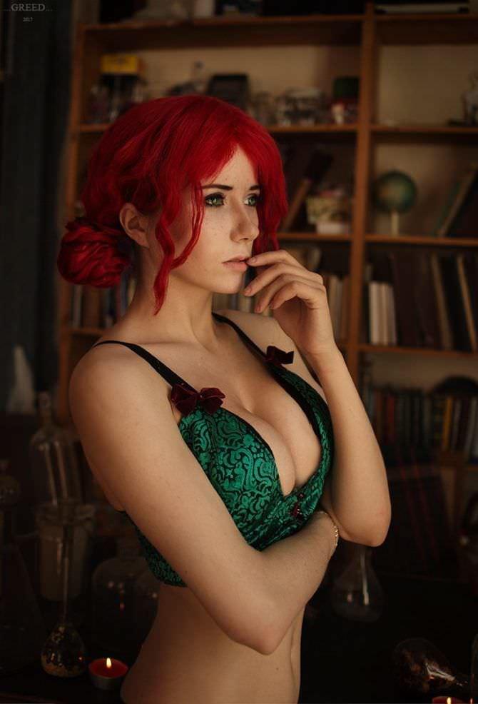 Елена фотография в зелёном бюстгальтереСамко