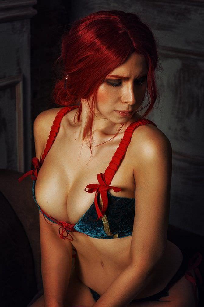 Елена Самко фотография с красными волосами