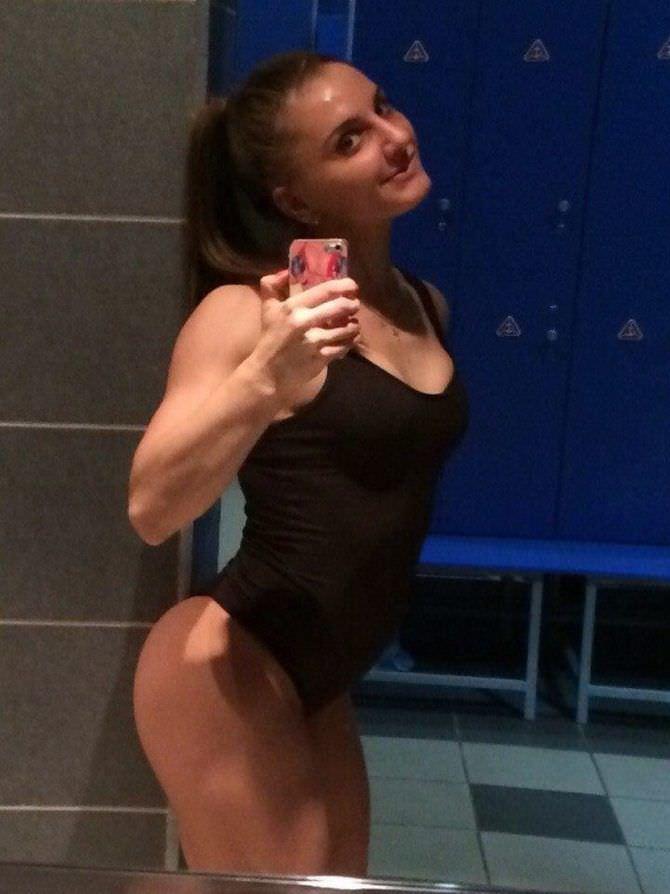 Александра Албу фото в купальнике на телефон