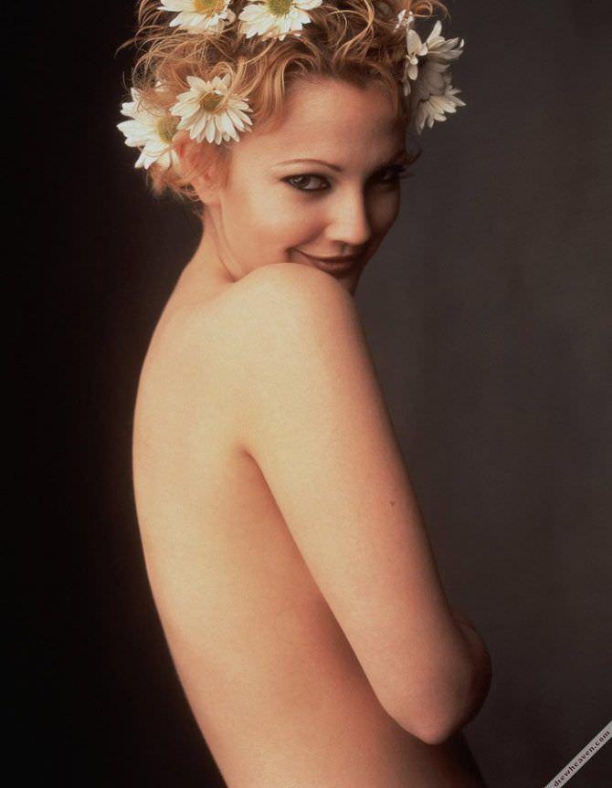 Дрю Бэрримор фотосессия с ромашками в волосах