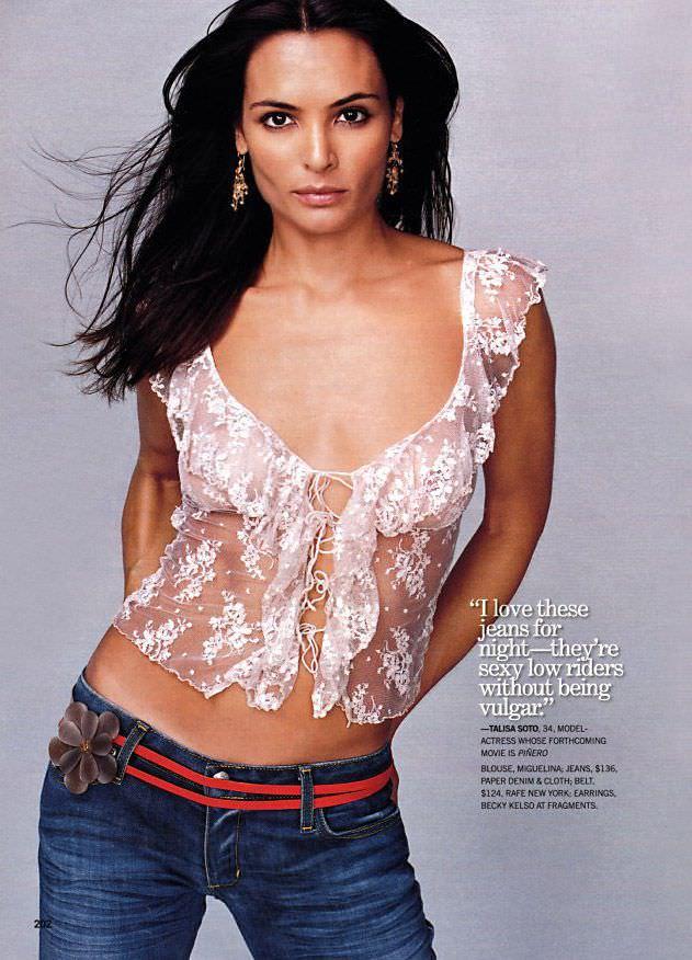 Талиса Сото фотография в кружевной блузке