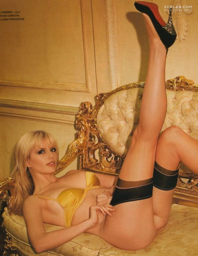 Анна Чурина фотосессия в нижнем белье в журнале