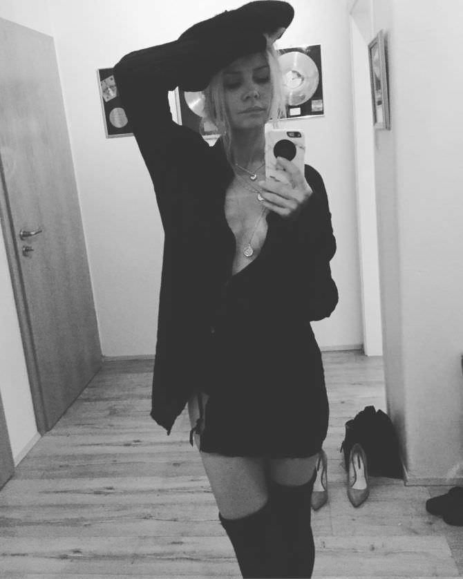 Анита Брием фотография в иснтаграм
