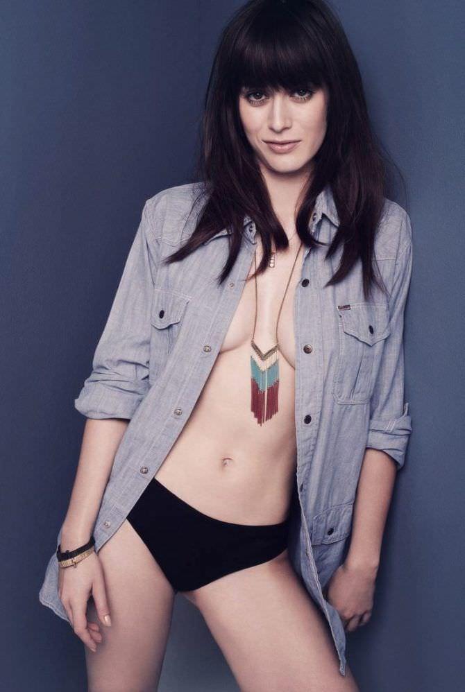 Лиззи Каплан фотосессия в рубашке для gq