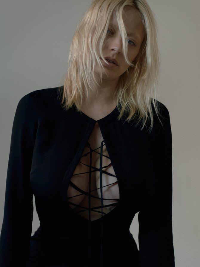 Кэролин Врилэнд фотография в чёрном платье