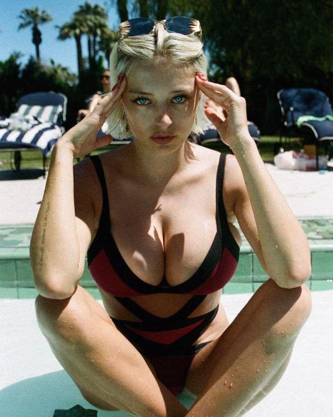 Кэролин Врилэнд фото в бкиини с завязками