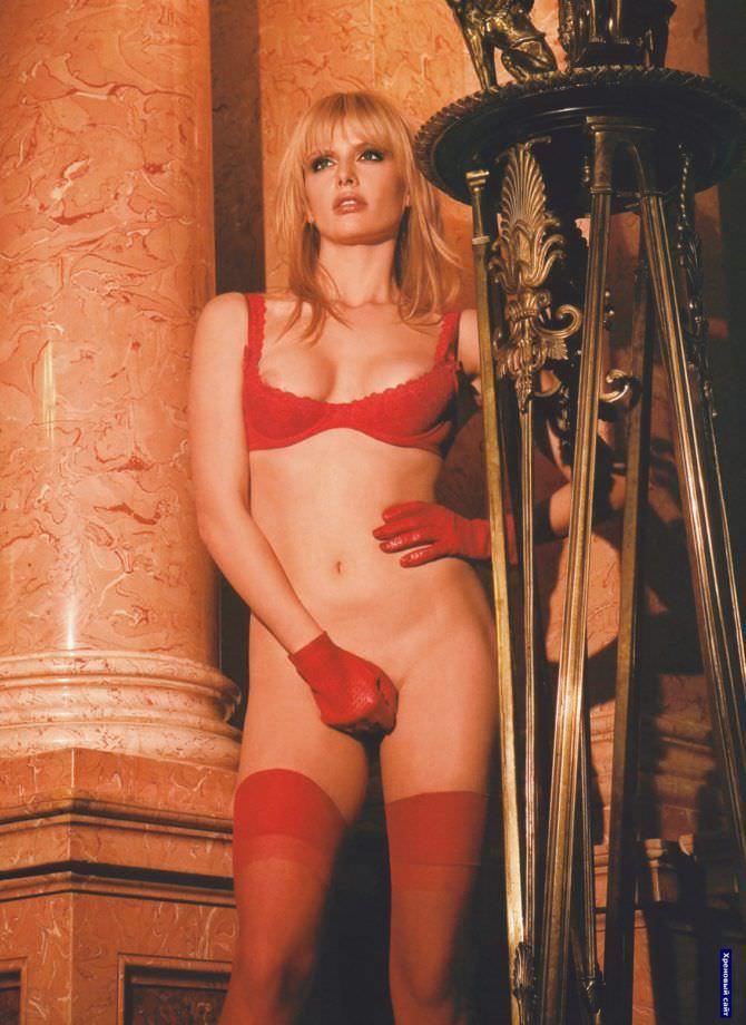 Анна Чурина фотография из журнала в нижнем белье