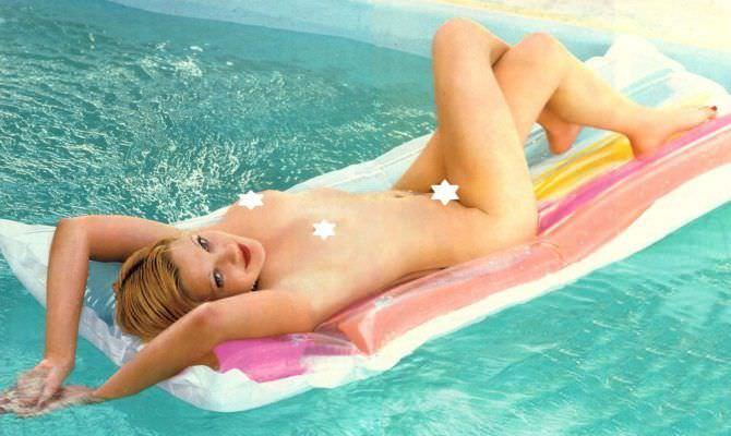 Дрю Бэрримор фотография в бассейне из журнала