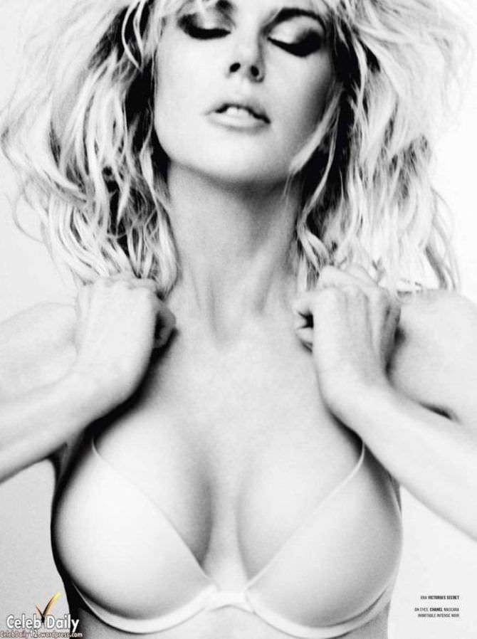 Николь Кидман чёрно-белое фото в белье