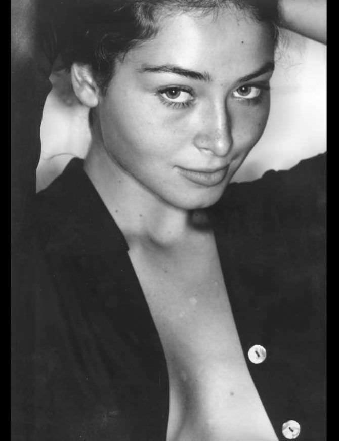 Марина Казанкова фото в расстёгнутой рубашке