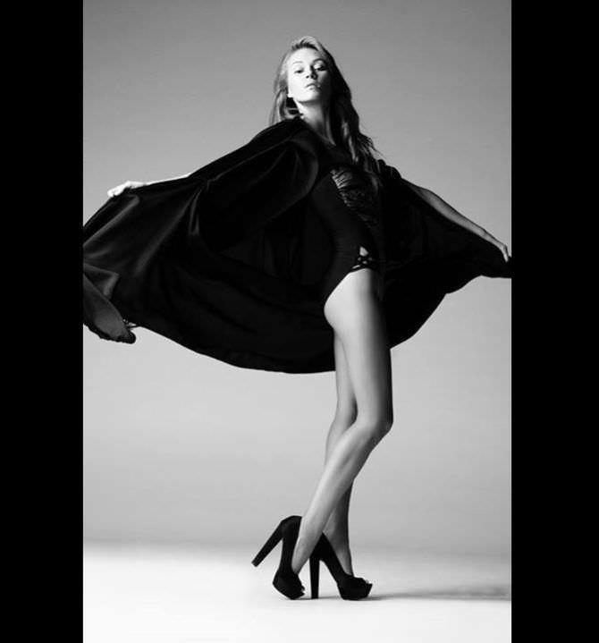 Иева Андреевайте чёрно-белая фотосессия в белье