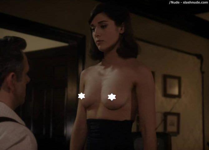 Лиззи Каплан откровенный кадр из фильма
