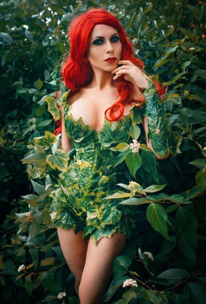 Елена Самко фотосессия в костюме из листьев