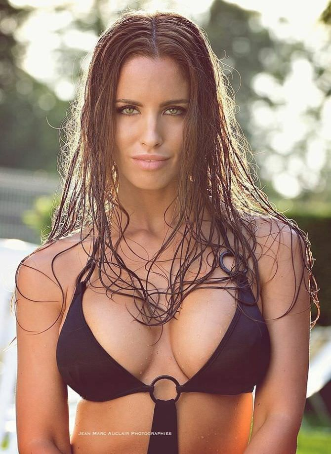 Люсия Яворчекова фотография с мокрыми волосами