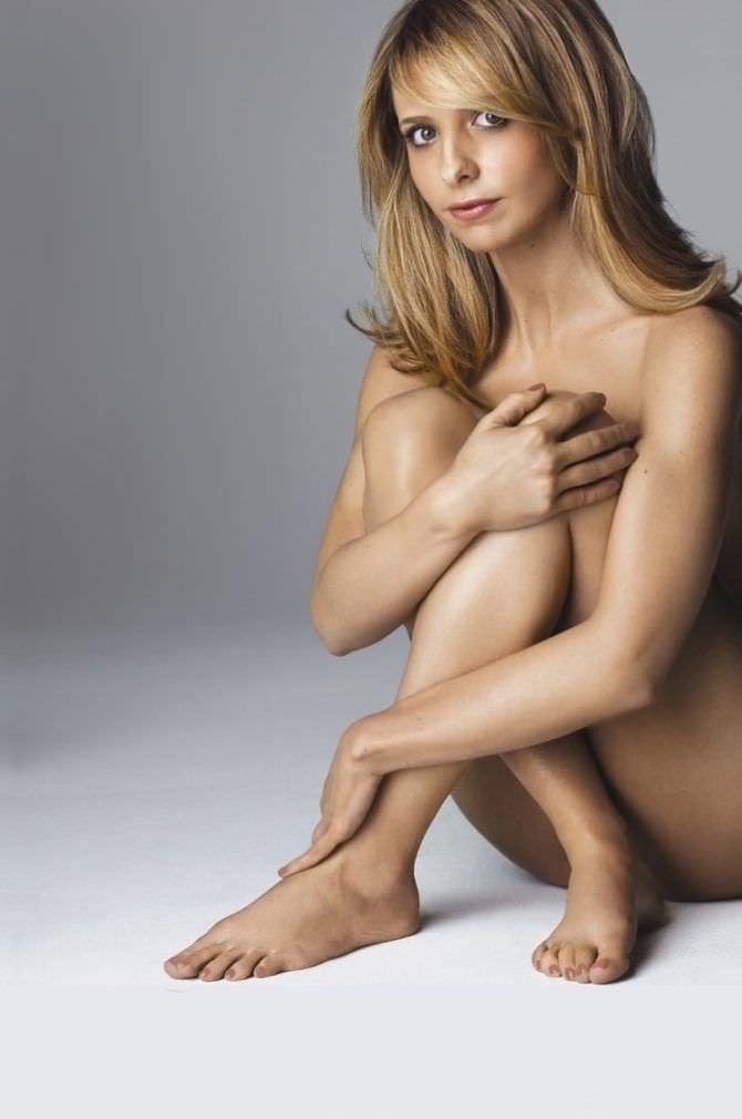 Сара Мишель Геллар откровенное фото без одежды