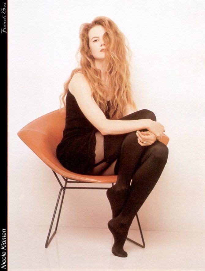 Николь Кидман фотография в молодости на кресле