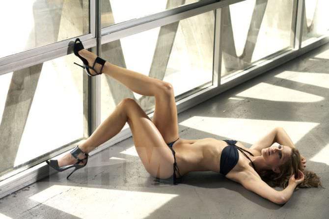 Триша Хелфер фотография в мужском журнале