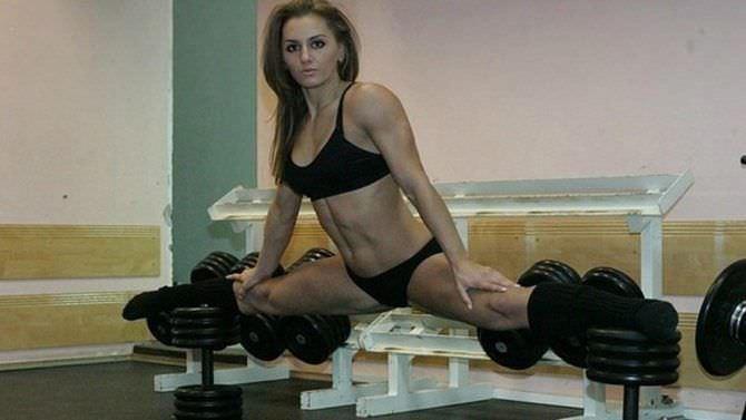 Александра Албу фотография в шпагате