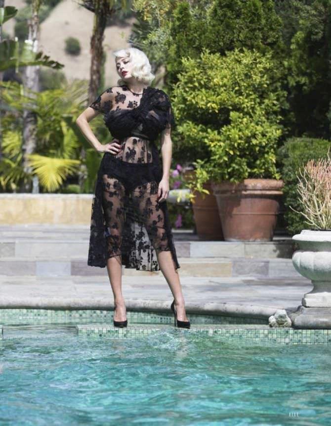 Кэролин Врилэнд фотография в кружевном платье
