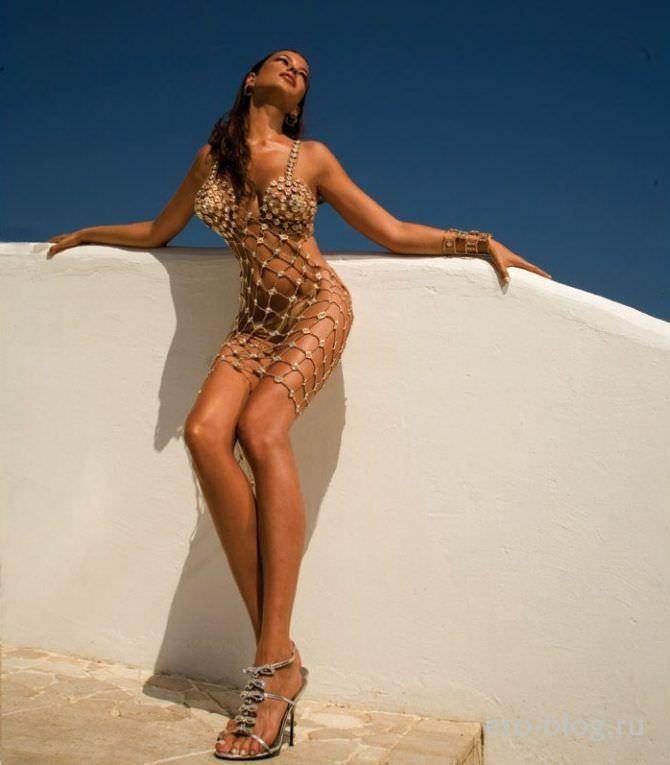 Сара Томмази фотография в платье из сети